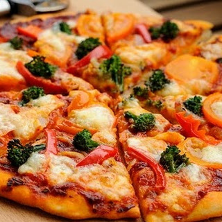 Fast Homemade Pizza With Broccoli