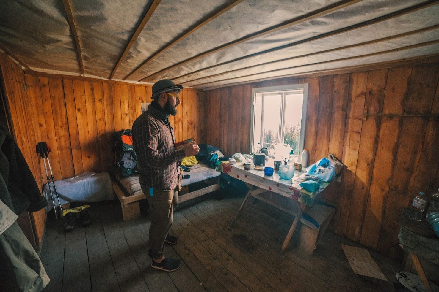 Інтерєр будиночка в горах, Кукул