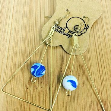 三角形耳環