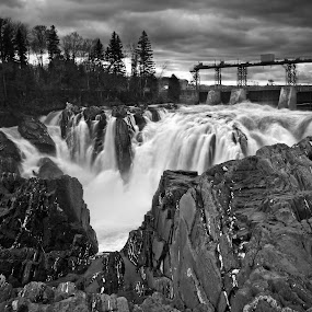 The Grand Falls by Adam Bunce - Landscapes Waterscapes ( hdr, adambunce, waterfall, landscape, grand falls )