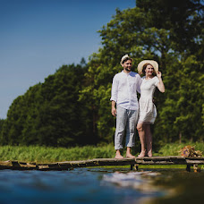 Wedding photographer Piotr Matusewicz (piotrmatusewicz). Photo of 18.03.2016