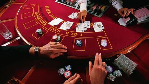 Hướng dẫn cách chơi blackjack chi tiết[/b]