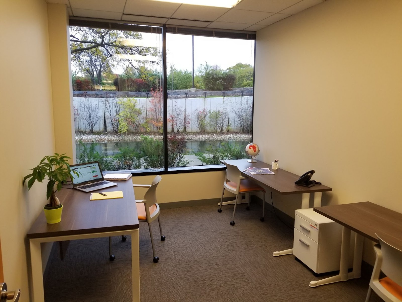 Office Evolution Coworking Spaces in Chicago
