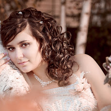 Wedding photographer Arina Elizarova (Linusik). Photo of 19.10.2013