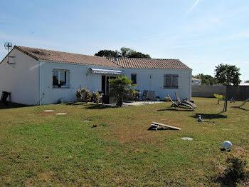 maison à Saint-André-de-Lidon (17)