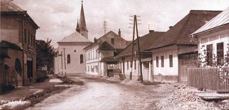 Photo: Príjazdová cesta do mesta od Trstenej.