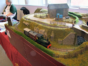Photo: 003 The very attractive 7mm NGA demonstration/test track, featuring 16.5 and 9mm gauge tracks.