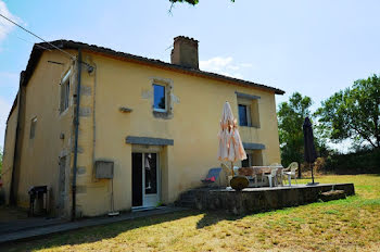maison à Saint-Paul-de-Baïse (32)