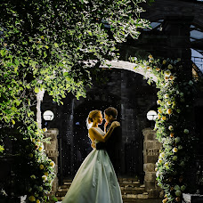 Wedding photographer Anastasiya Chereshneva (Chereshka). Photo of 09.07.2017