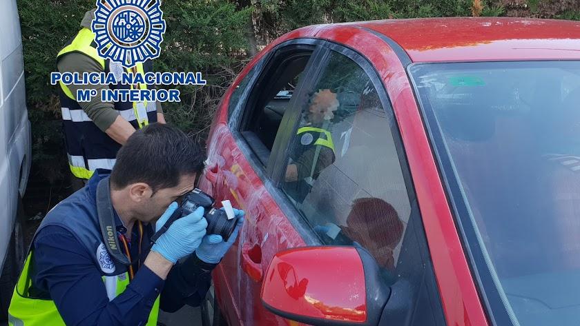 Los robos se han producido en la calle Restoy y la calle Encantada Alta.