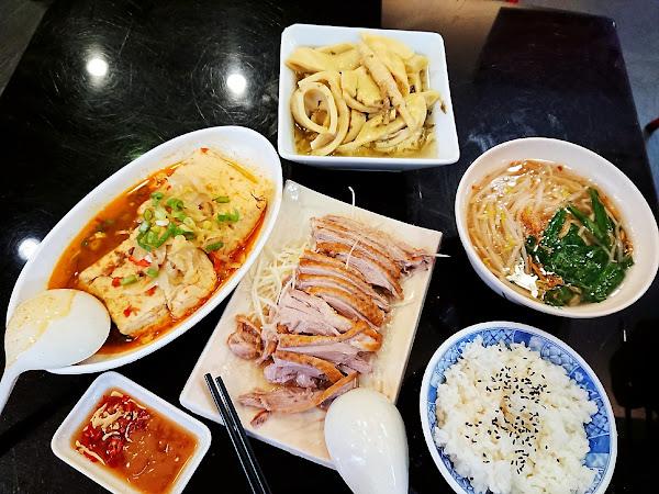 阿城鵝肉(吉林店)- 觀光客慕名前去的米其林推薦平價小吃 @台北行天宮 x KAO空食客