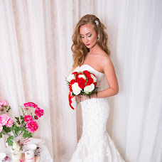 Wedding photographer Yana Makoveckaya (YaNaMaKoVeTsKaYa). Photo of 17.12.2014