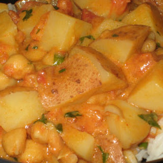Potato-Peanut Curry
