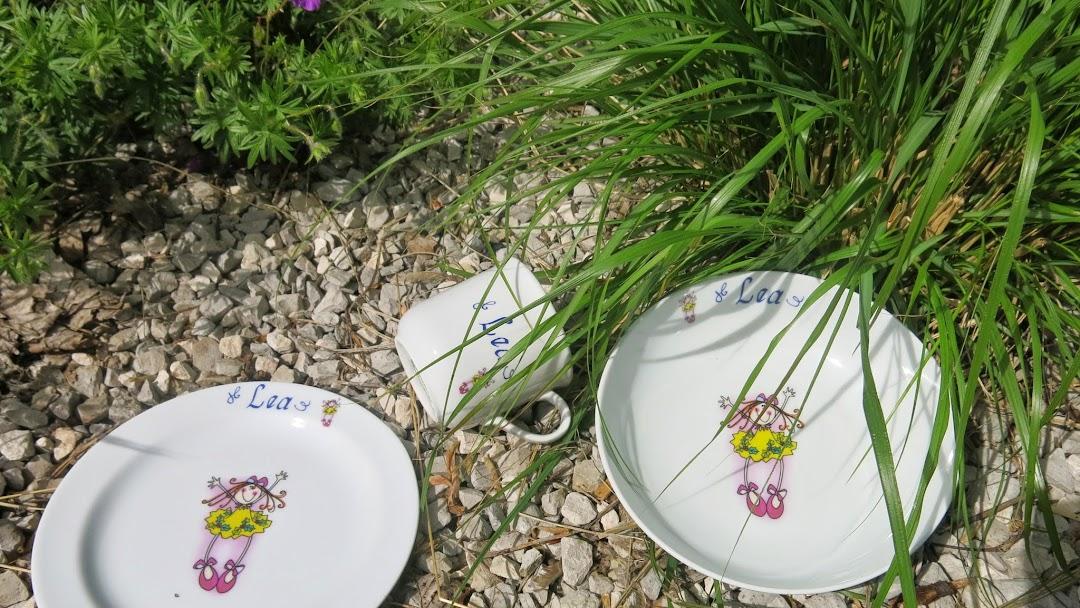 Porzellan Im Hinterhof Spezialgeschaft Fur Kinder Garten