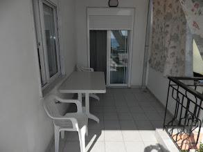 Photo: Το μισό μπαλκόνι του διαμερίσματος 28 - Half balkony of apartment No 28