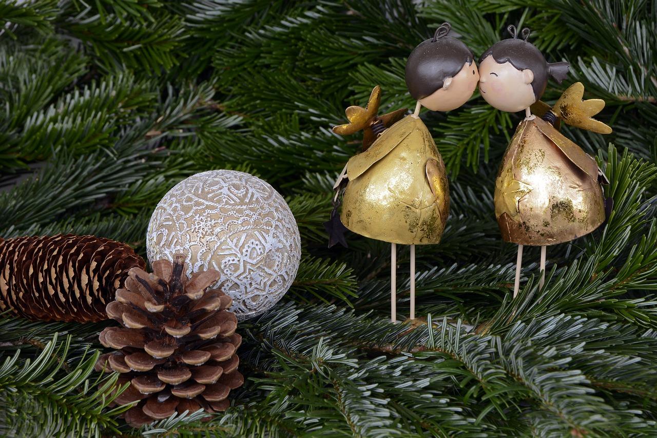 christmas-1824744_1280.jpg