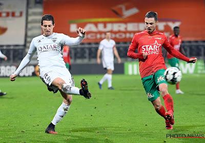 Maxime D'Arpino ziet KV Oostende met man meer gelijkspelen tegen KAS Eupen