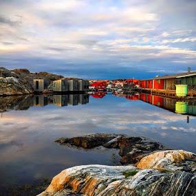 by Eva Larsson - Landscapes Waterscapes ( october at akvarllmuseet in skärhamn )