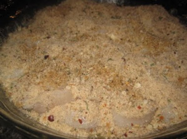 Combine the bread crumbs, garlic powder, paprika, parsley, minced garlic and Parmesan cheese. Sprinkle...