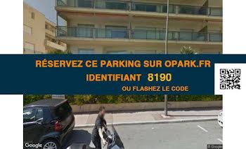 parking à Roquebrune-Cap-Martin (06)