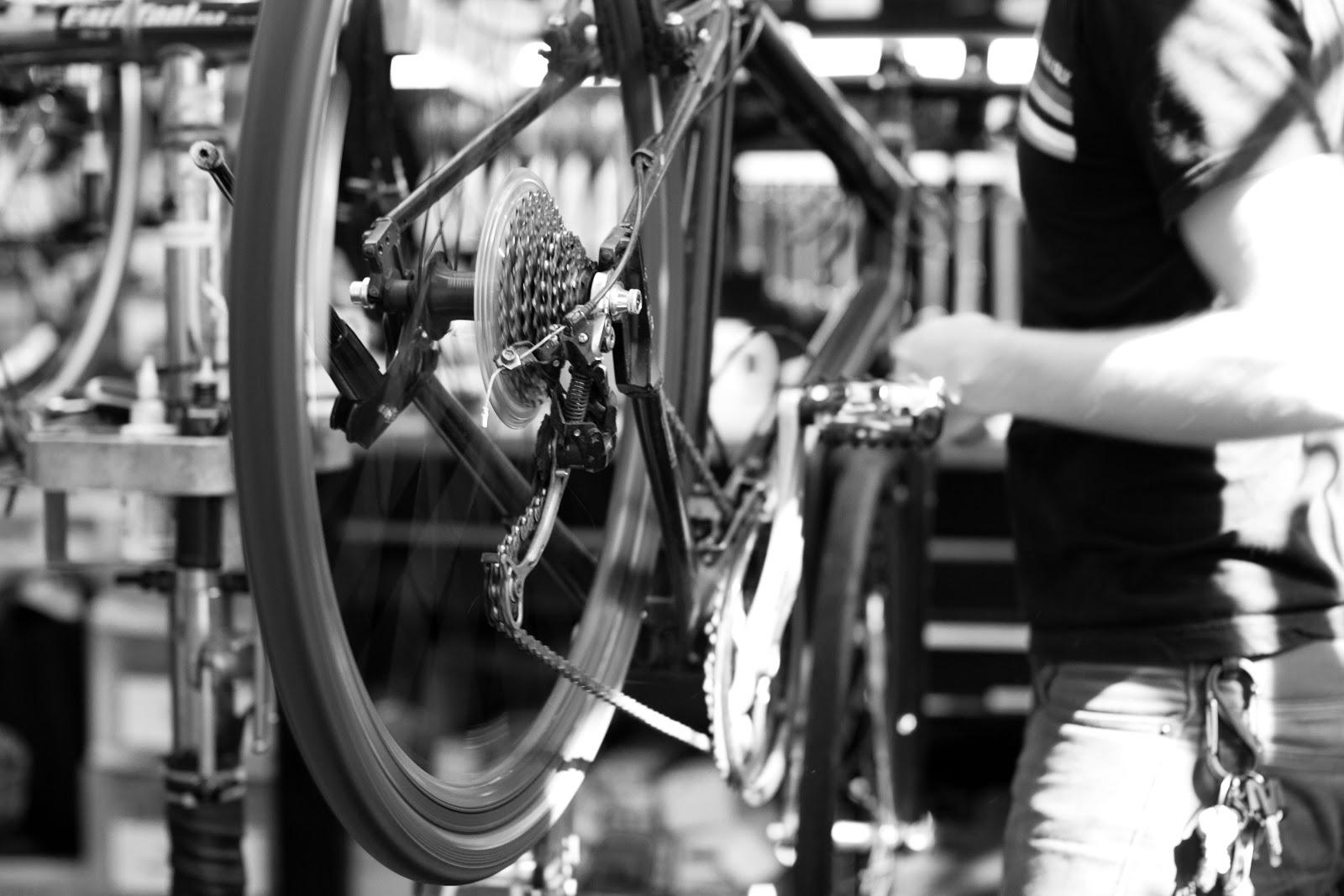 bicycle_servicing.jpg