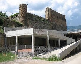 Photo: castell de Sort i estructura ......