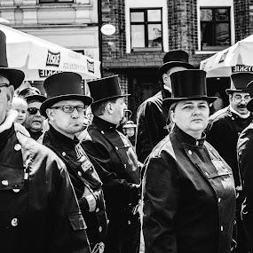 by Zbigniew Cołbecki - Black & White Portraits & People