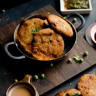 Matar Kachoris | Fried Pastry with Spiced Green Peas Filling.