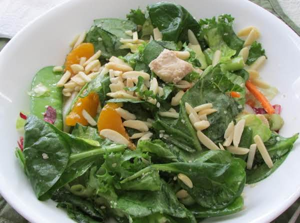 Asian Chicken Mandarin Salad W/almonds