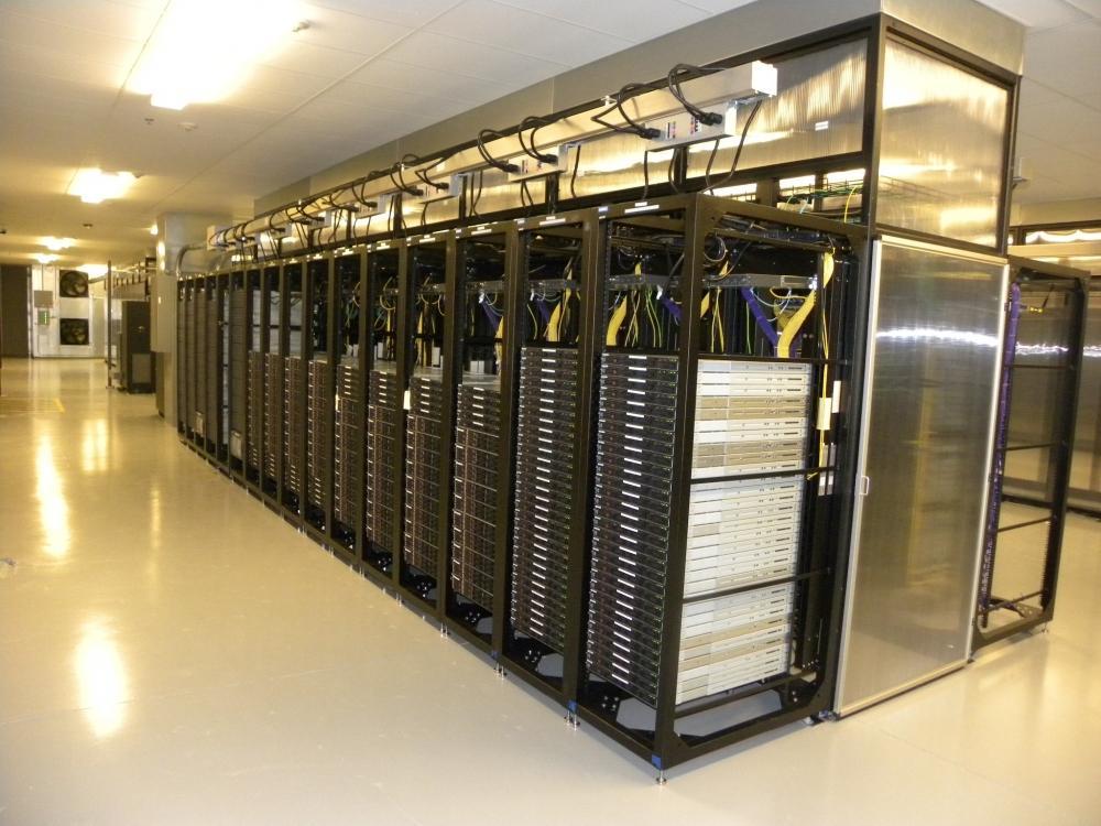 Máy chủ đám mây ( Cloud server) Ccvu6NZUB3JDEjZEy6IqJJiPeIVu4vAMJHC1jCVUyc7FZsnl6PR9i4gKvSNDXJz1Cpp8Hgungc5FSfi45smVngUk_QUHB8gqkOgWJ6-AfxCFE96V2c9wHD3C5Xqamw87mgWVdZ1T