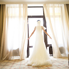 Wedding photographer Roman Sergeev (WeddingTv). Photo of 11.05.2017