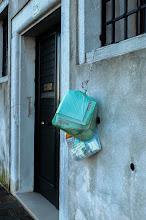 Photo: Боклукът се закача пред всяка къща. Сутрин боклукчията минава с една количка и го събира.