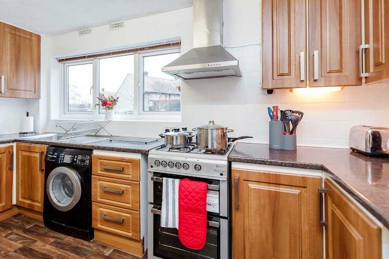 Fully equipped kitchen at Chadwell Heath