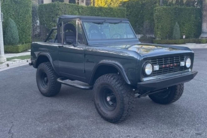1971 Bronco Restored and Upgraded Hire West Hollywood