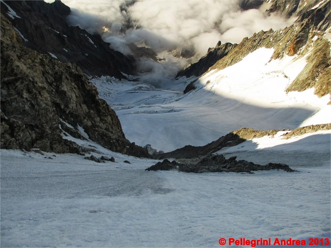 Photo: IMG_0861 il ghiacciaio del dome verso la val veny