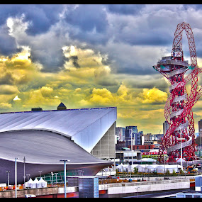 ArcelorMittal Orbit by Jinesh Solanki - Buildings & Architecture Statues & Monuments ( britain's, sculpture, olympic park, hdr, london, observation tower, stratford, the arcelormittal orbit )
