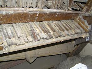 Photo: Klaviatura před restaurováním