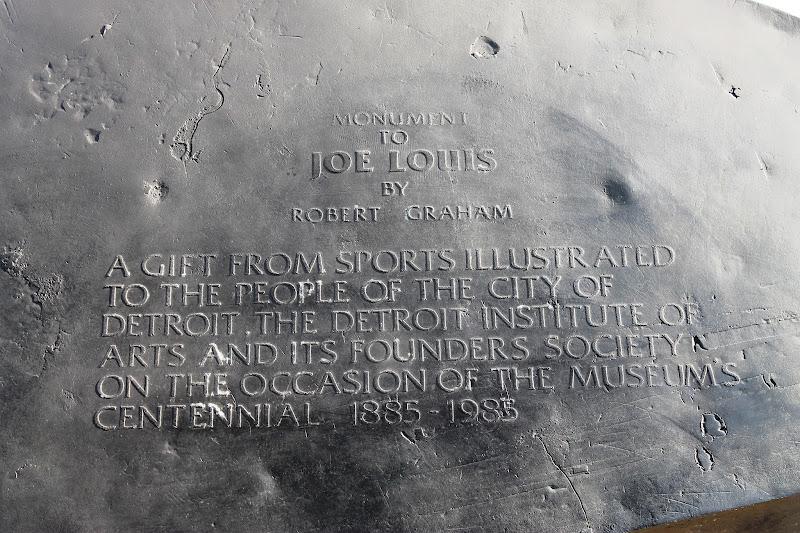 Photo: SI Gift To Detroit