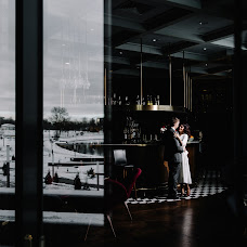 Wedding photographer Katerina Dubrovskaya (katdubrouskaya). Photo of 12.04.2018