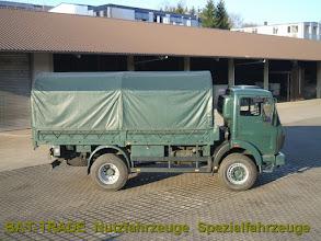 Photo: Mercedes 1017A 4x4 Allrad 5 Meter Pritsche, ideal für die Verlastung von Alu / Aluminium Container Shelter von Dornier / SGH / Zeppelin aus Bundeswehr Bestand