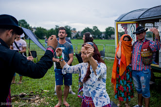Photo: romowie, festiwal, cyganie, krakow, blonia, bergitka, oboz, tabor;