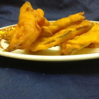 Green Peas Peels Pakoda Chat