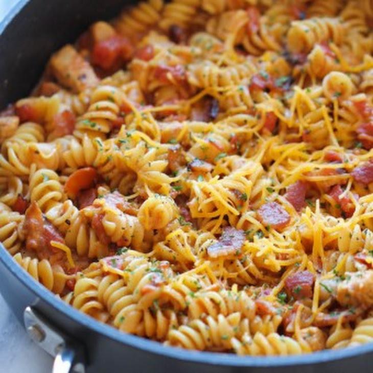 One Pot BBQ Chicken Pasta Recipe
