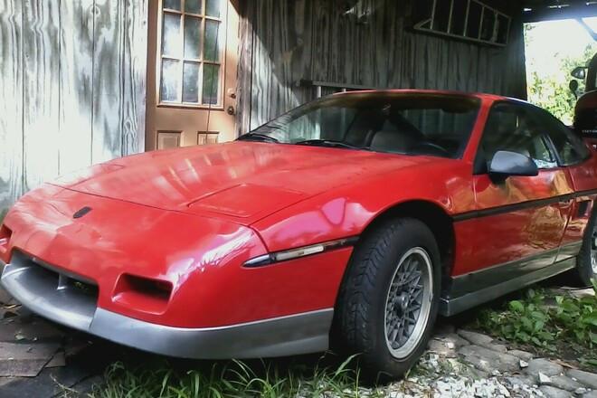 1986 Pontiac Fiero Hire LA
