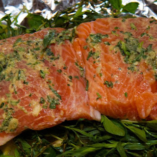 Foil Wrapped Salmon With Herbs And Lemon