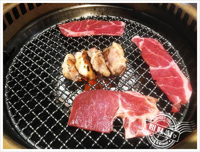 牛角燒肉牛肉