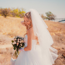 Wedding photographer Anastacia Balabanova (AnastaciaBalaba). Photo of 14.01.2015