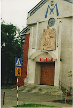 Photo: Płaskorzeźba nad wejściem głównym do kościoła  św. Andrzeja Boboli w Czechowicach-Dziedzicach.