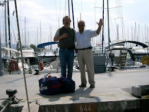 Photo: Mr. G. Massouros (Eolia Yacht) toivottaa hyvää purjehduslomaa.