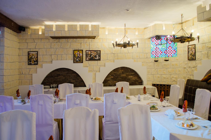 Фото №16 зала Подворье замка